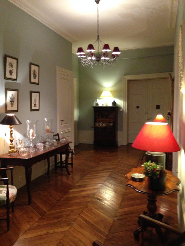 Couloir : peinture et finitions